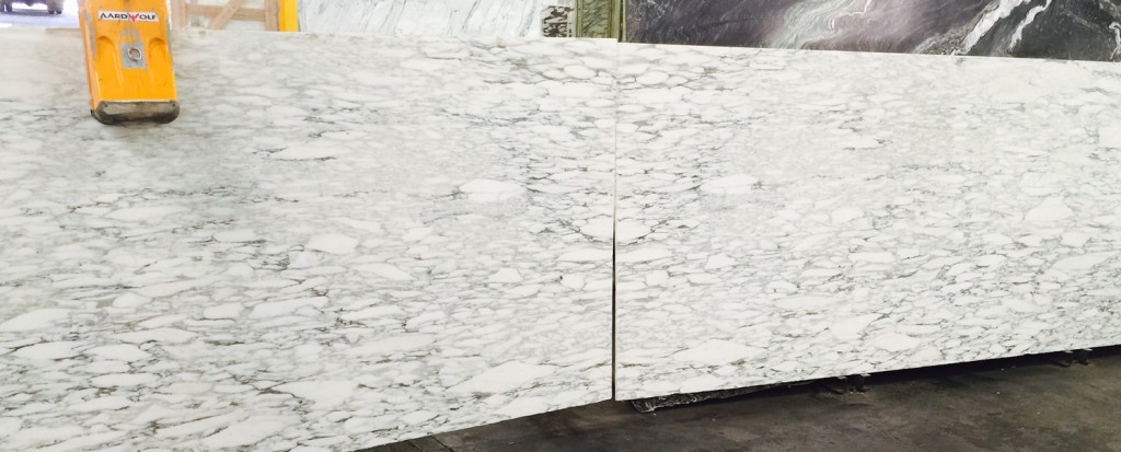 Calacatta Viola Light Marble