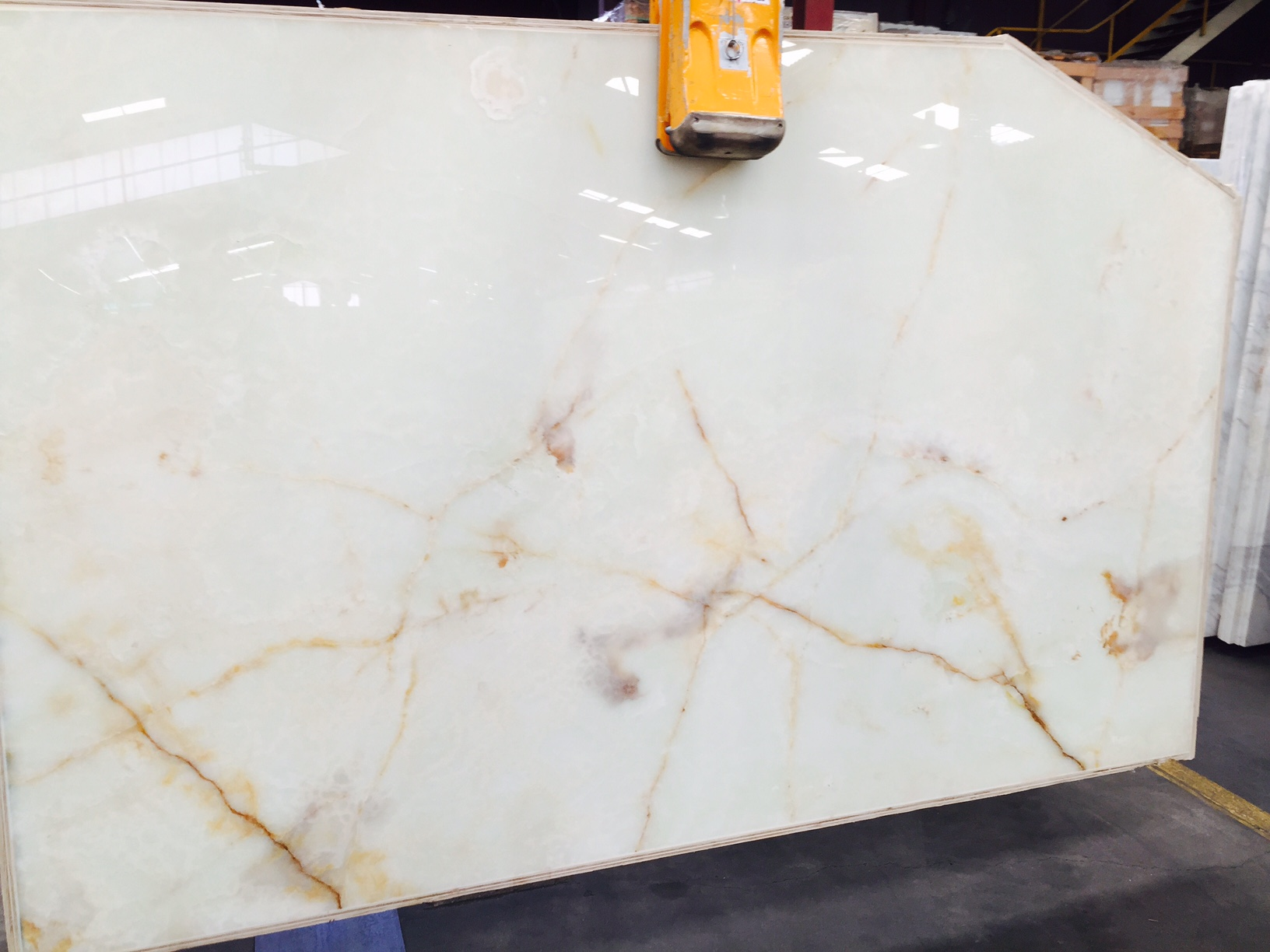 White Onyx Marble : Onyx slabs sydney tiles supplier