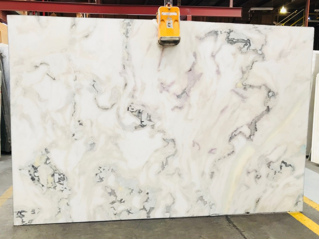 Calacatta Brasiliano Quartz Slabs