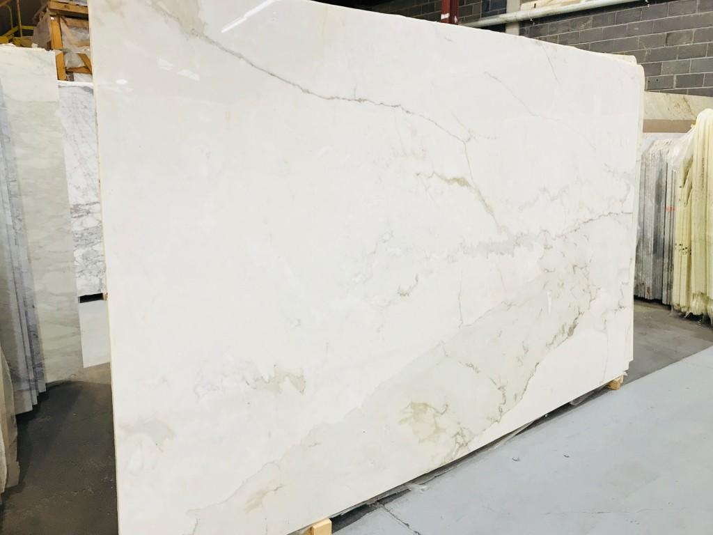 Calacatta Gold Cremo Marble