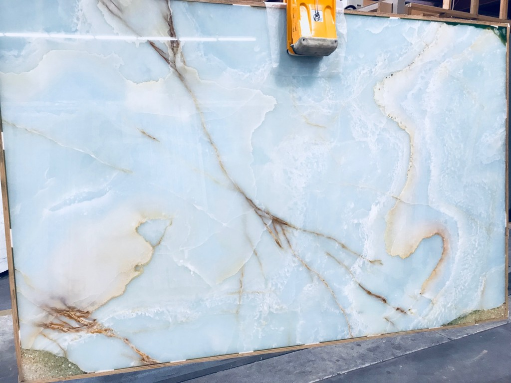 Blue Onyx Slabs Carrara Marble Amp Granite